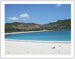 White sandy of Kuta beach, Sasak tribe tour