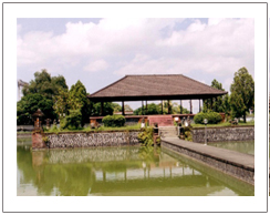 Mayura floating palace, Lombok city tour